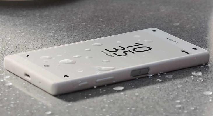 Sony Z5 COMPACT  BLACK/ WHITE w cenie 1439 zł